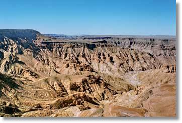 Fish River Canyon in Namibia Camping Safaris nach Swakopmund