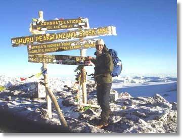 Kilimanjaro Wandersafaris Tansania Bergbesteigung Ostafrika Safaris Kibo Crater Uhuru Peak